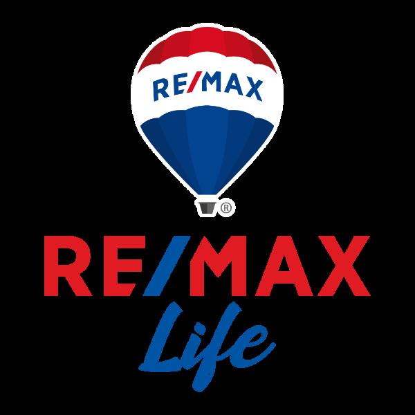 LIFE REAL ESTATE PANAMA, S.A. Logo