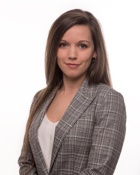 Stephanie Renkema Agent Photo