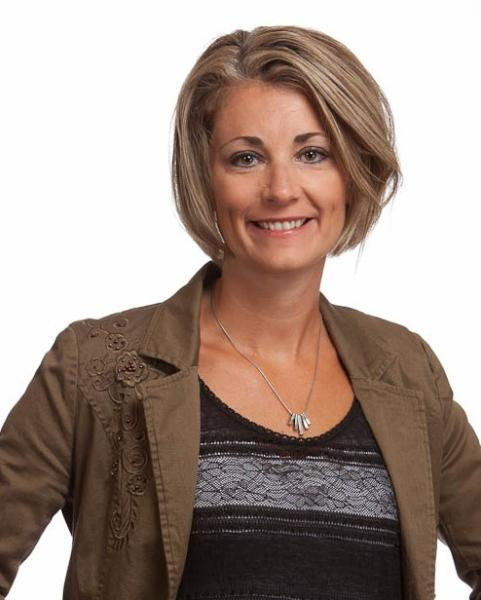 Nicole Courtenay Agent Photo