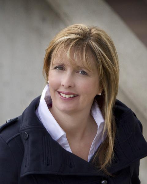 Carol Warkentin Agent Photo