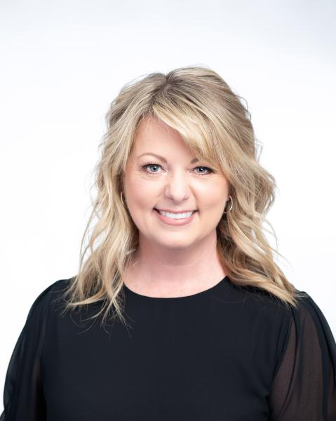 Jennifer Walsh Agent Photo
