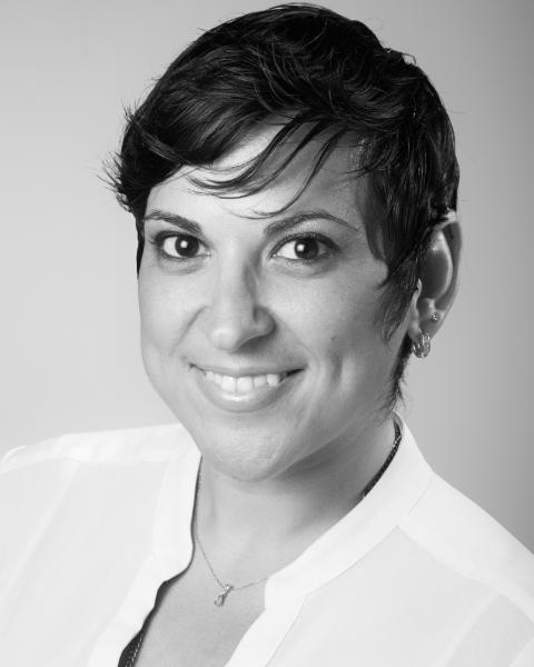 Mary Zervos Agent Photo