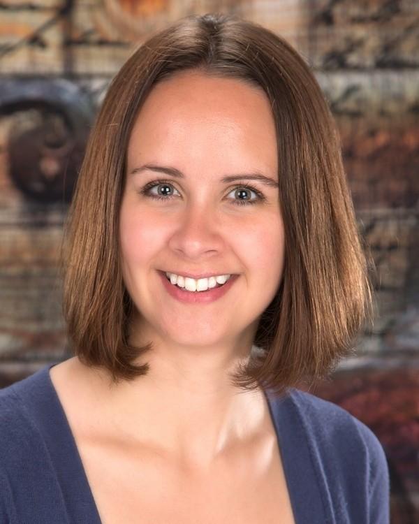Stephanie Wotachek Agent Photo