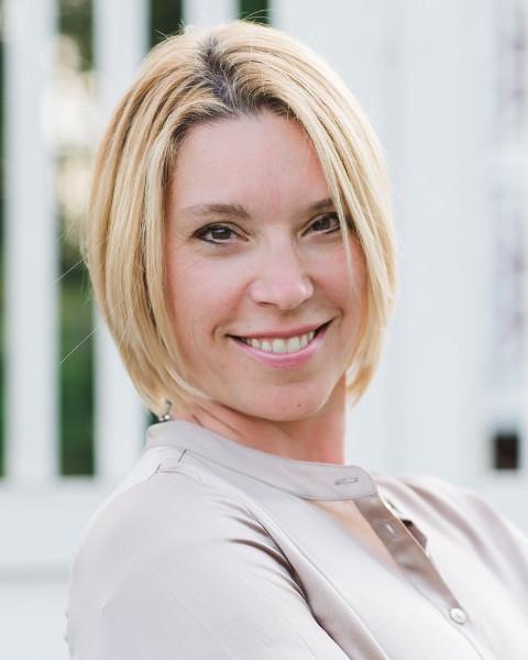 Melissa Collins Agent Photo